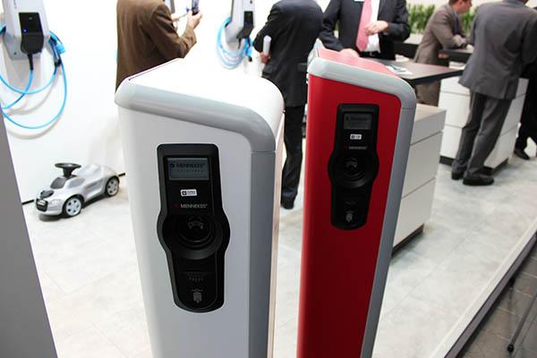 in berlin k nnen bald auch wohnungsmieter ihr elektroauto bequem aufladen. Black Bedroom Furniture Sets. Home Design Ideas