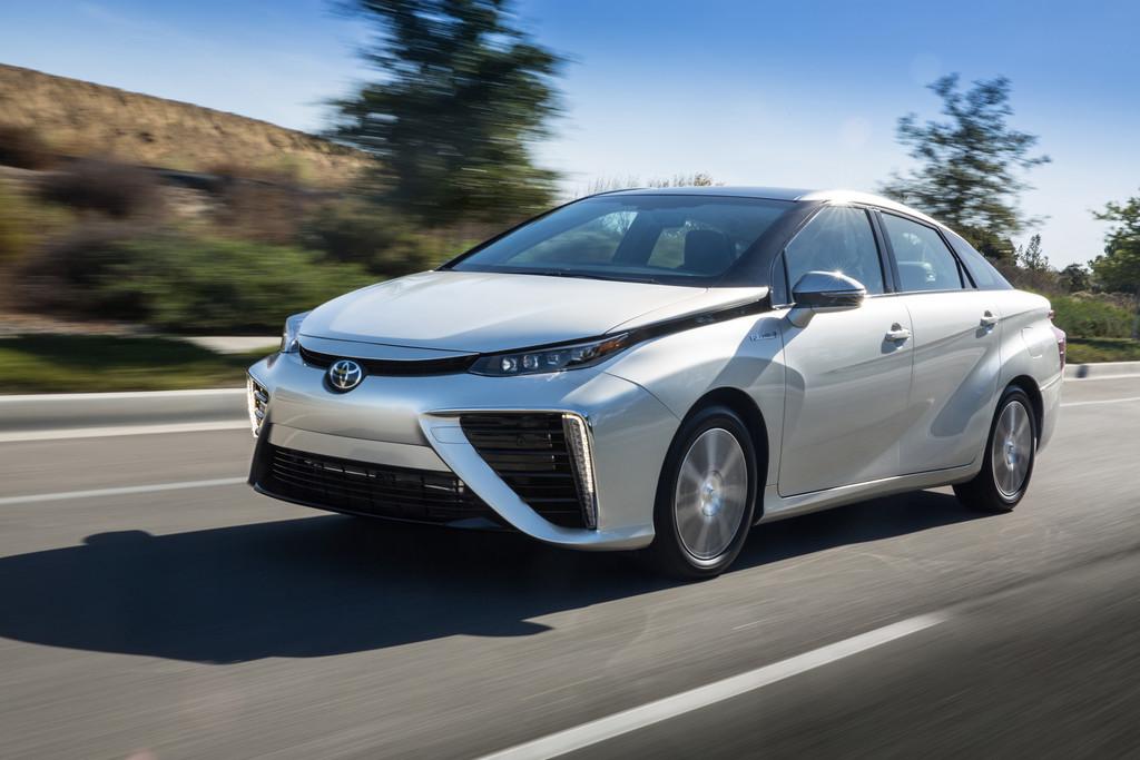 Das Brennstoffzellenauto Toyota Mirai feiert auf der IAA 2015 seine Deutschlandpremiere