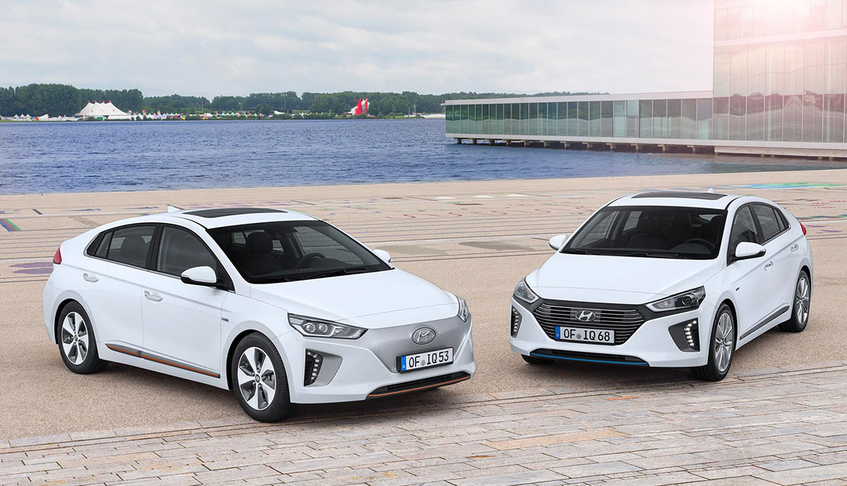 hyundai ioniq kommt als plug in hybrid und elektroauto. Black Bedroom Furniture Sets. Home Design Ideas