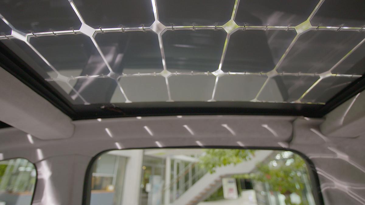 Elektroauto Sono Motors Sion Interieur Solardach von innen ...